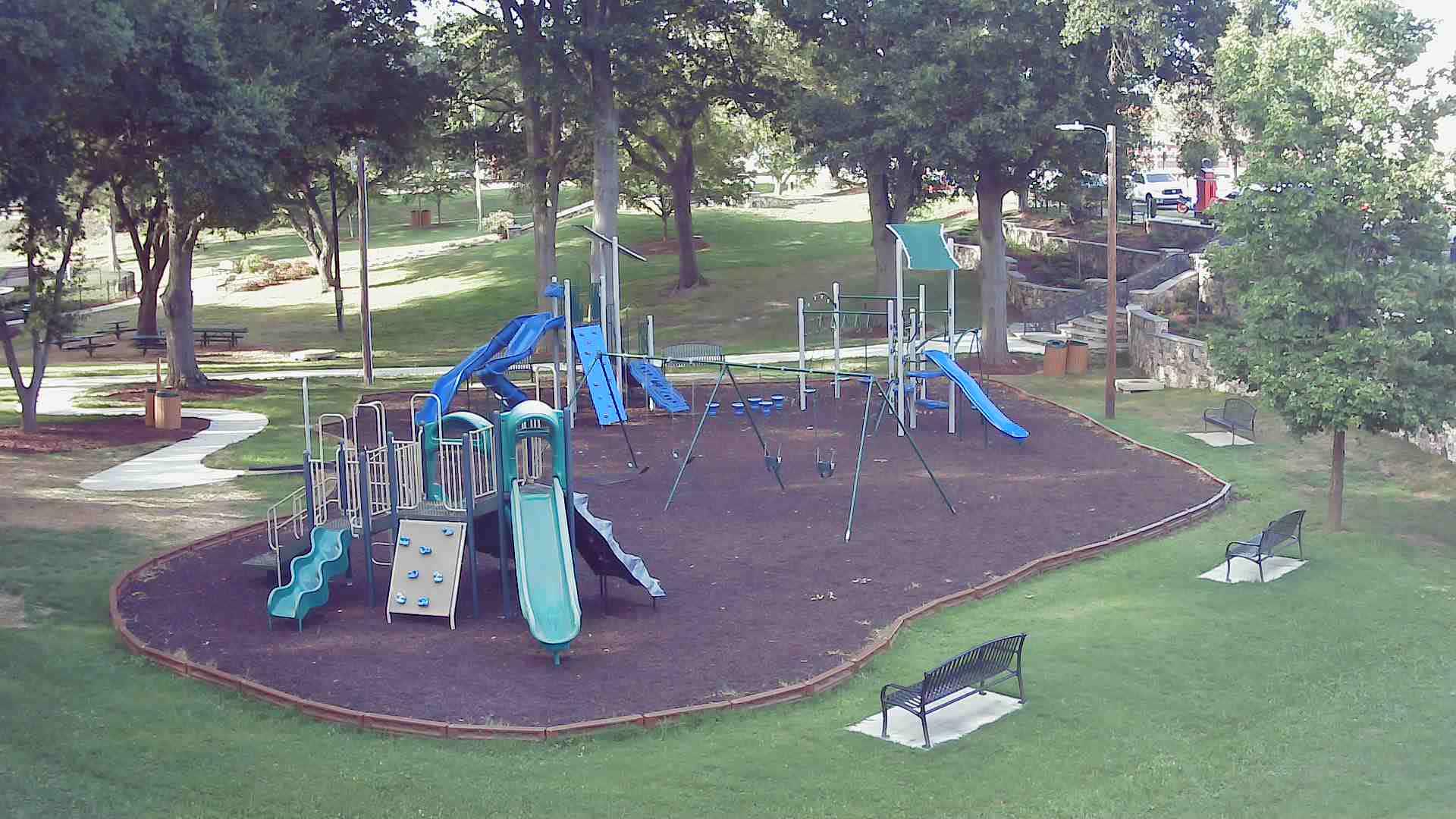 1915 - Stowe Park Playground @ 7/12/2020 10:26:25 PM